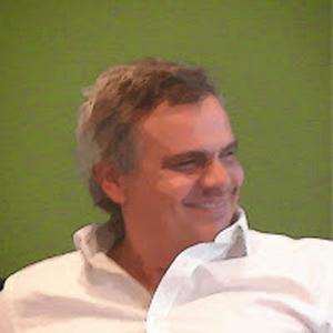 Dr. Claudio Mate Rotherber.  Sec. de Investigación en Univ. Atlántida Argentina. Asesor del H.S.NVER MÁS