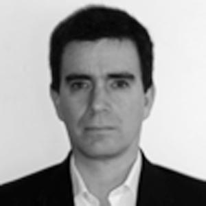 Lic. Pablo Pini.  Master Executive en Gestión Industrial de la Escuela de Organización Industrial de EspañaVER MÁS